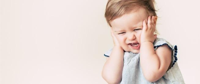 صورة علاج وجع الاذن عند الاطفال , وداعا لصراخ طفلك من التعب