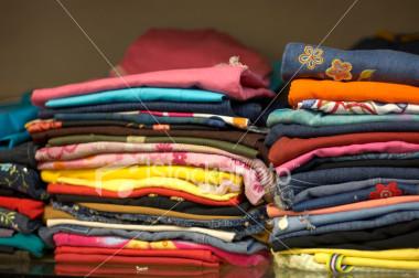 صورة ترتيب الملابس في المنام , كثيرا احلم بترتيب دولابي ماذا يدل