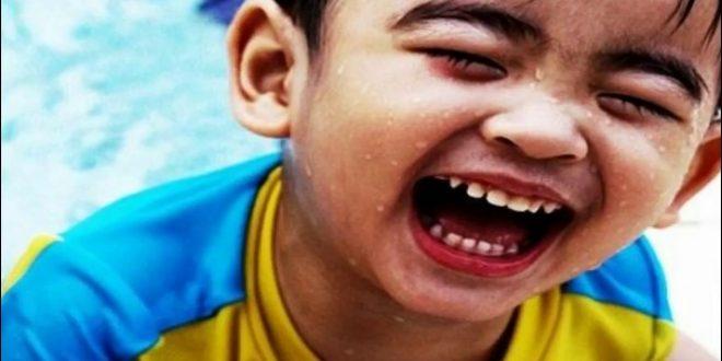 صورة تفسير حلم الضحك في الحلم , ما معنى الضحك في المنام