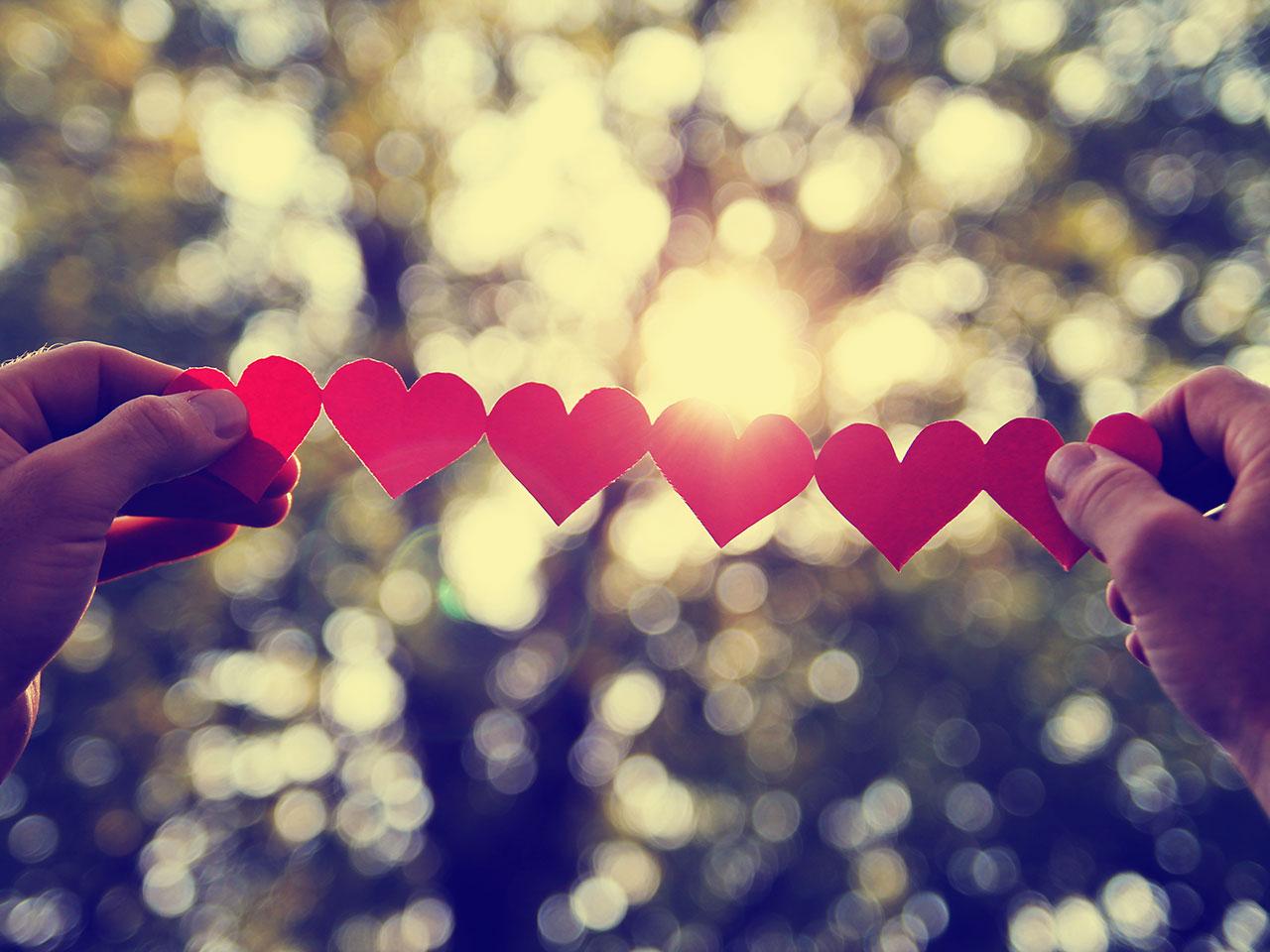 صورة كلمات عن الحياة والحب , عبارات تعبر عن الحب والحياة