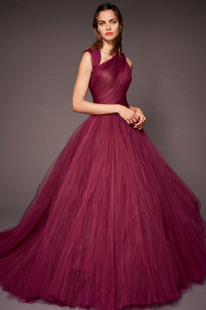 صورة اجمل تصاميم فساتين , الجديد فى موضه الفساتين