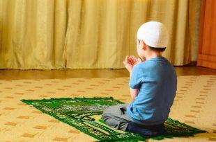 صورة صور طفل يصلي , شاهد هؤلاء الملائكة و هم يصلون