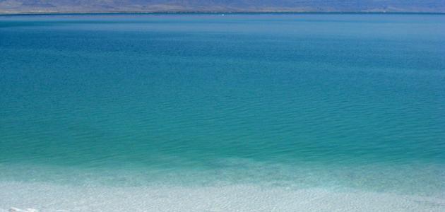 صورة لماذا سمى البحر الميت بهذا الاسم واين يوجد , ماهو البحر الميت ؟