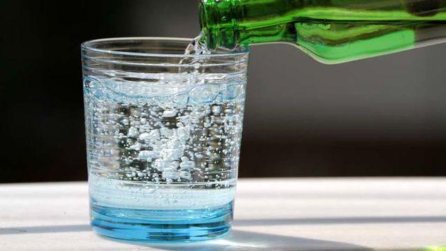 صورة تعرف على المكونات ااساسية للمياه الغازية ,فوائد المياه الغازية
